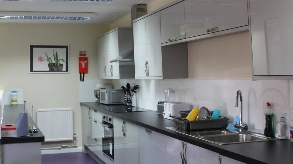 Croydon Pathways Centre kitchen